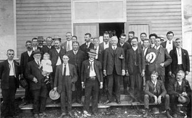 Prime Minister Andrew Fisher with farmers, c. 1913