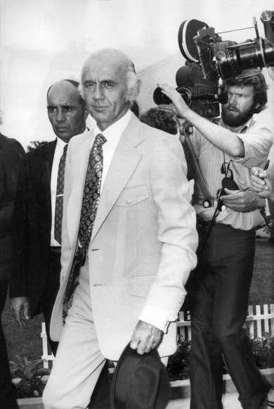 Prime Minister William McMahon at Mascot, Sydney, 27 December 1971