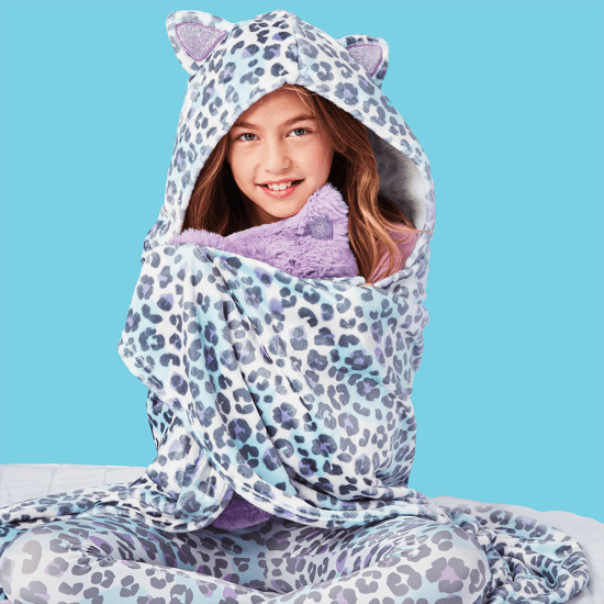 Picture of Snow Leopard Plush Blanket
