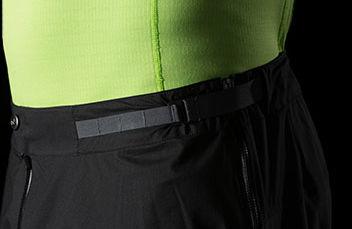 Norrøna dri1 Pants. Superlett, komprimerbar, vanntett og pustende overtrekksbukse til herre