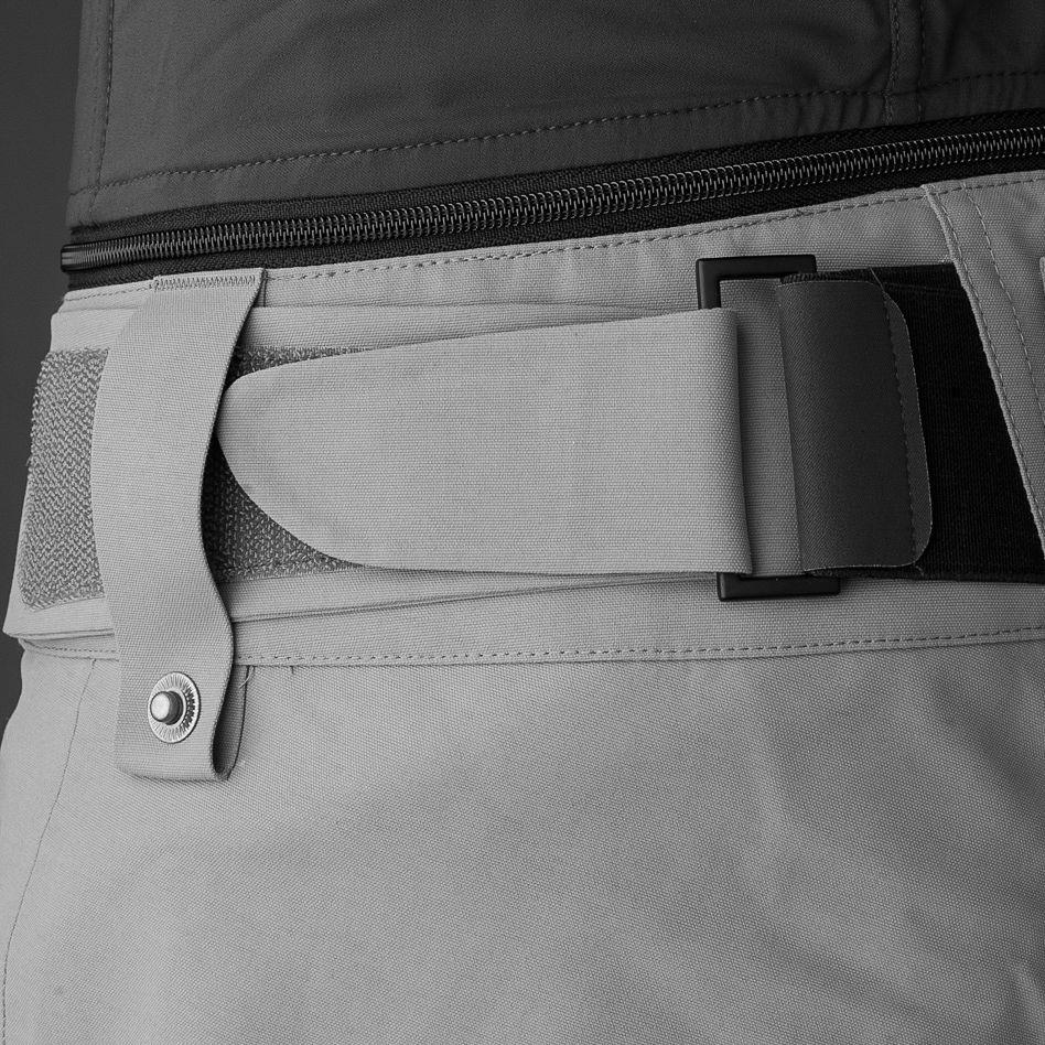 Teknisk information Custom-fit waist system™ som ger flexibel passform i midjan