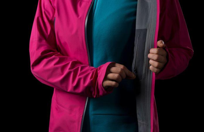 Norrøna falketind gore-tex jakke til dame