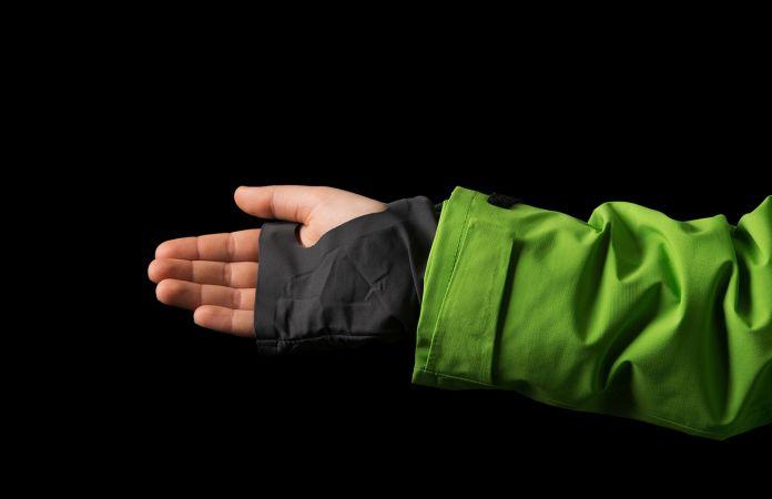 Norrona Lofoten jacket hand gaiter