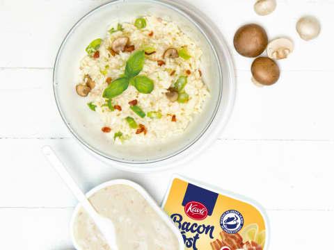 Risotto med sopp og Kavli BaconOst gir middag på 10 minutter