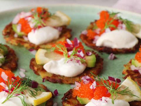 rårakor med tångkaviar och vegansk grekisk yoghurt