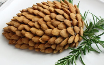 Veggie Pine Cone Cheese Ball