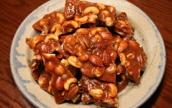 Spiced Mixed Nut Toffee