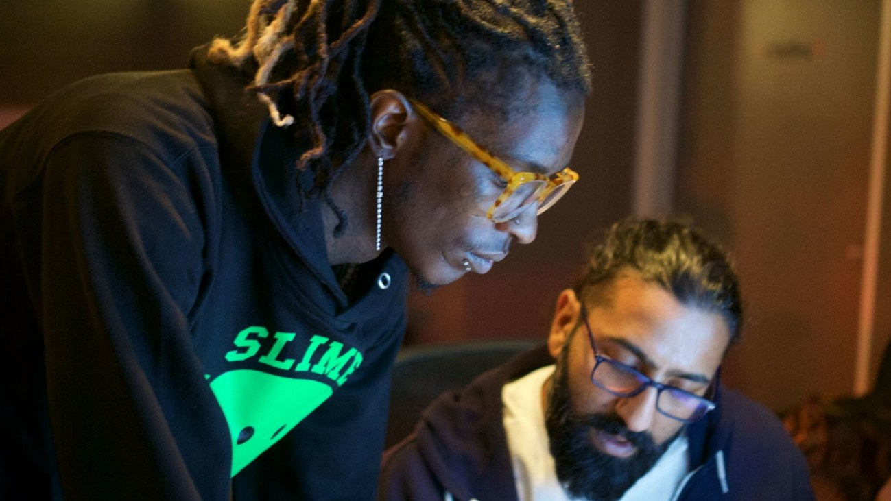 Studio Sessions | Bainz watches Young Thug record like 2Pac