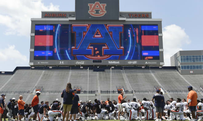 AuburnSports - Malzahn looking for offense to respond in 2nd scrimmage