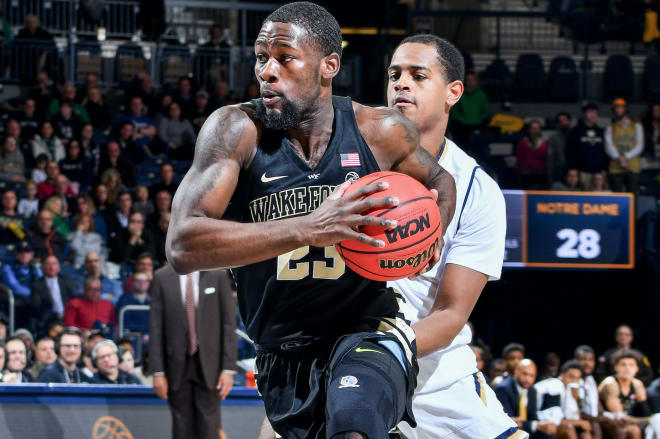Michigan Wolverines basketball transfer guard Chaundee Brown is impressing in workouts.