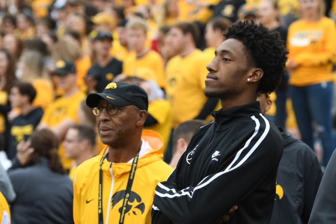 2020 forward Jamari Sibley has Iowa in his final two schools.