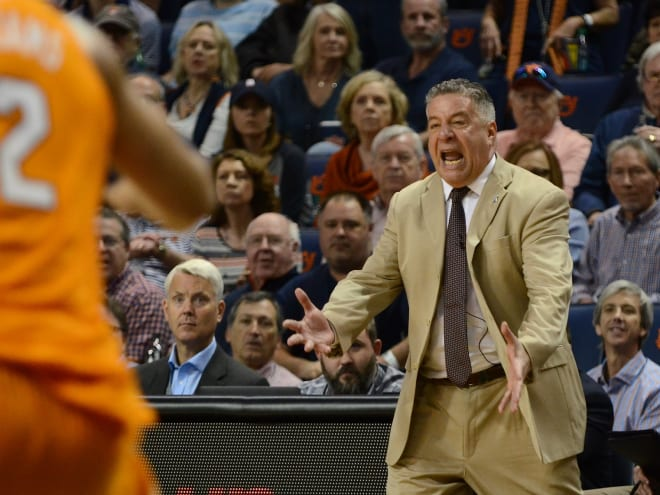 Auburn upends No. 5 Tennessee 84-80 in regular-season finale