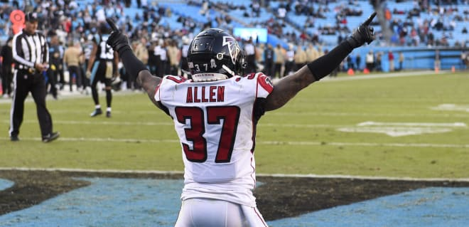 Atlanta Falcons free safety Ricardo Allen (37) reacts in the fourth quarter at Bank of America Stadium.