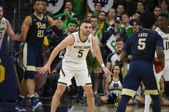 Colson returns to help Notre Dame top Pitt
