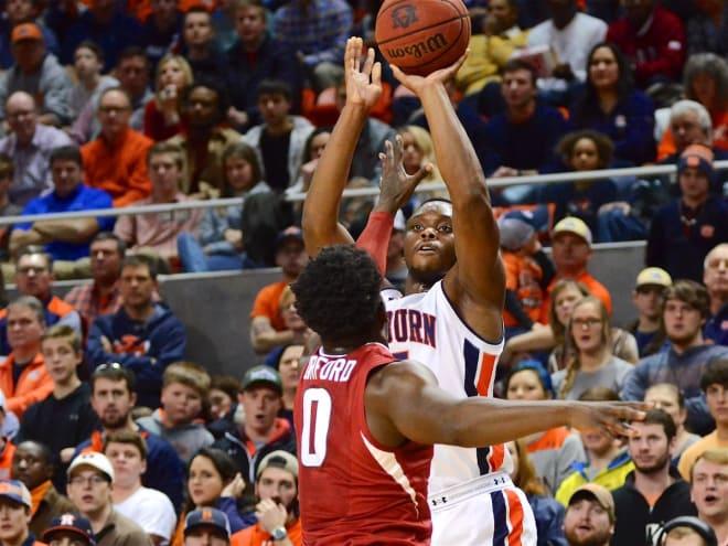 Rebels fall apart in second half, lose at No. 22 Auburn