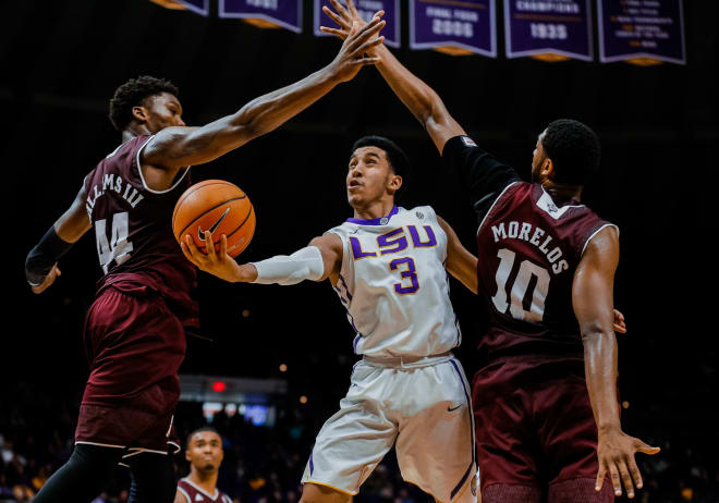 Reath, Waters lead LSU to 77-65 win over Texas A&M
