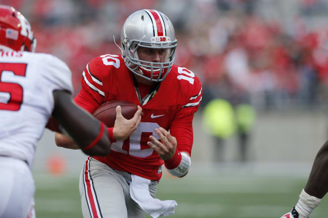 Ohio State transfer quarterback Joe Burrow visiting LSU this weekend