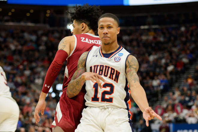 Auburn Punches Sweet 16 Ticket By Scorching Kansas From Deep
