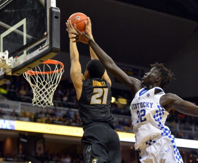 Mizzou beats Kentucky for 1st time, stops No. 21 'Cats 69-60