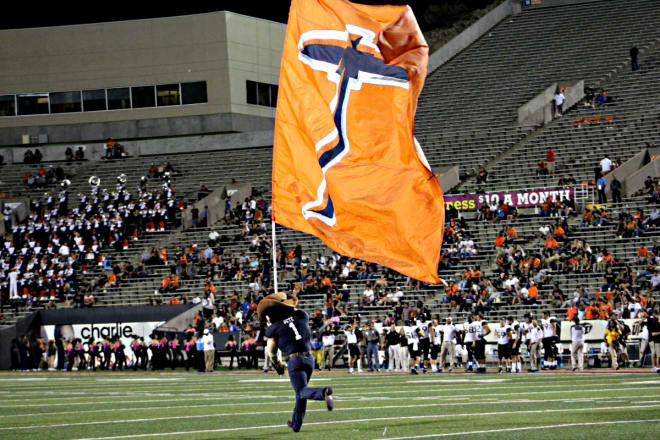 UTEP is coached by Sean Kugler, the father of Michigan fifth-year senior offensive lineman Pat Kugler.