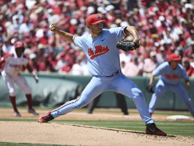 RebelGrove  -  Arkansas uses early runs to coast to game one win over Ole Miss