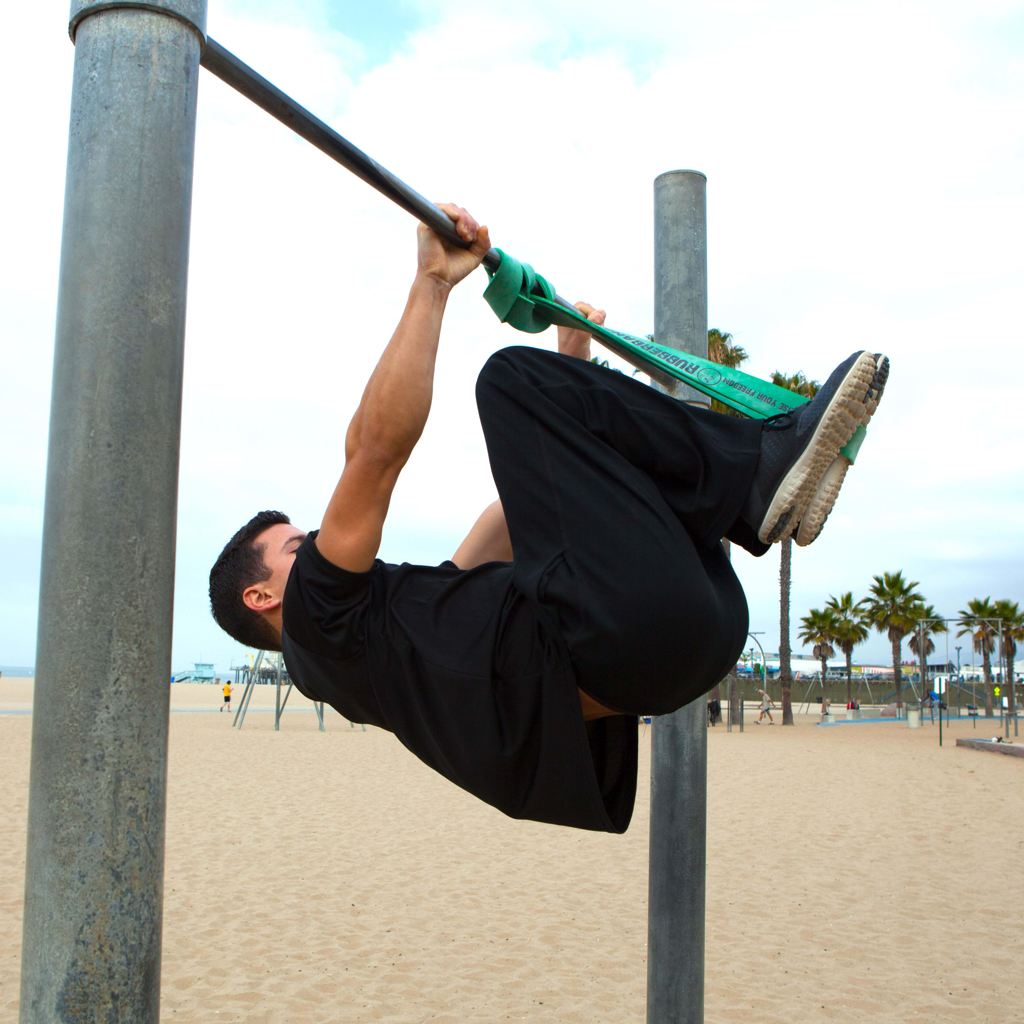 Front tuck front lever