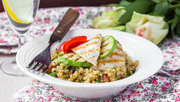 SmartMade: White Wine Chicken and Couscous