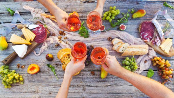 Don't let peer pressure derail your diet