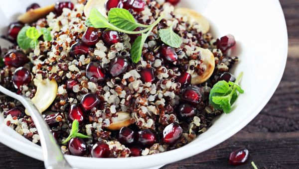 DRIED FRUIT AND NUTS WHOLE GRAIN SALAD