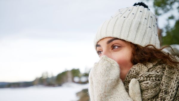 Know the signs of frostbite and hypothermia