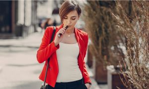 Are E-Cigs a Healthy Swap for Cigarettes After All?