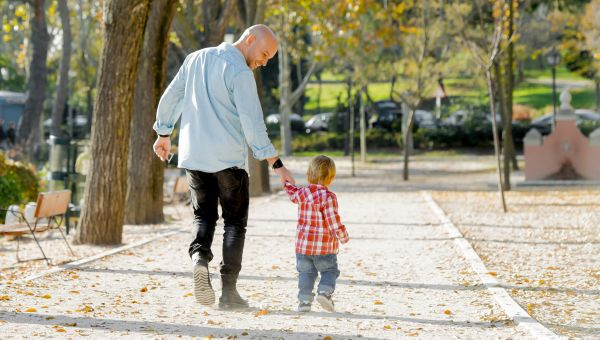 Drs. Oz and Roizen Speak Out: Top 10 Benefits of Walking