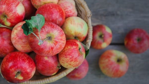 A New Way to Clean Apples
