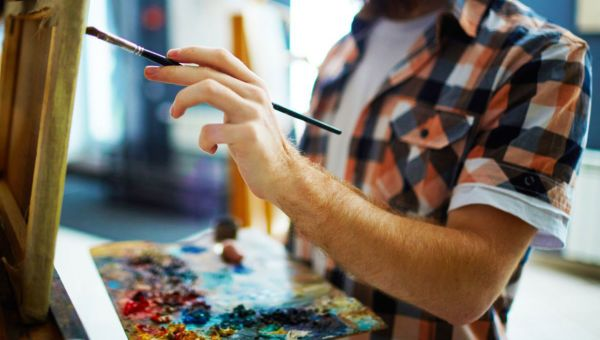 Art Therapy: Painting a Happier Life