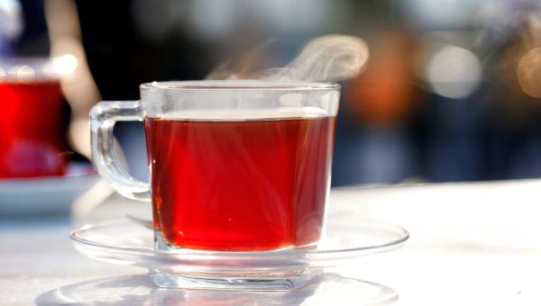 Drinking Black Tea Can Help Reduce Your Glaucoma Risk