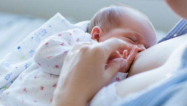 3 Simple Strategies to Make Breastfeeding Easier