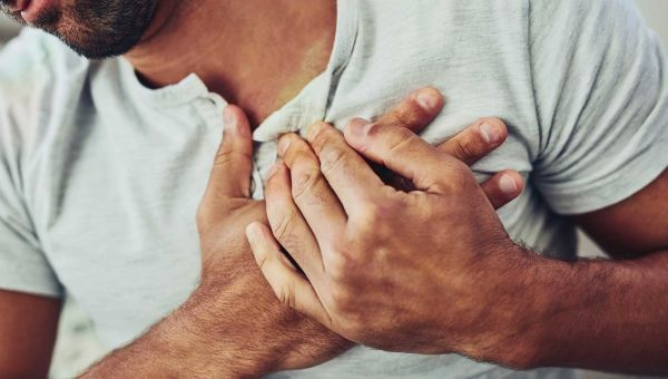 What To Do If You Think You're Having a Heart Attack