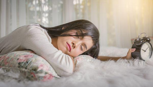 Worst Case Scenario: Sleeping With Makeup On