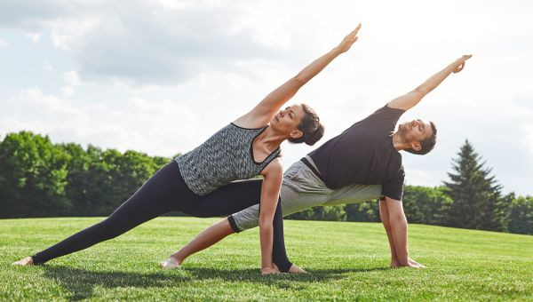 Which Stretches Are Most Beneficial Before Going on a Walk?
