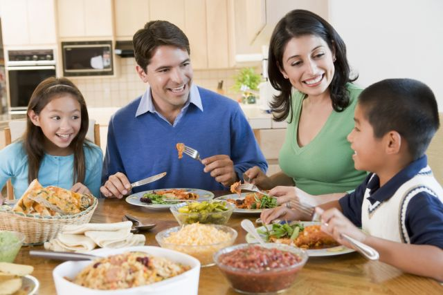 Want to Lose Weight? Eat at Home