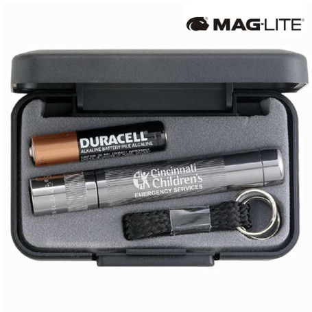Engraved Mag-Lite Solitaire Flashlight