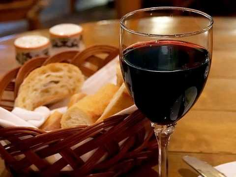 Bon Appetit Trail Winery Tour and French Luncheon