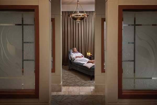 Relaxing Spa Package (Friday or Saturday)