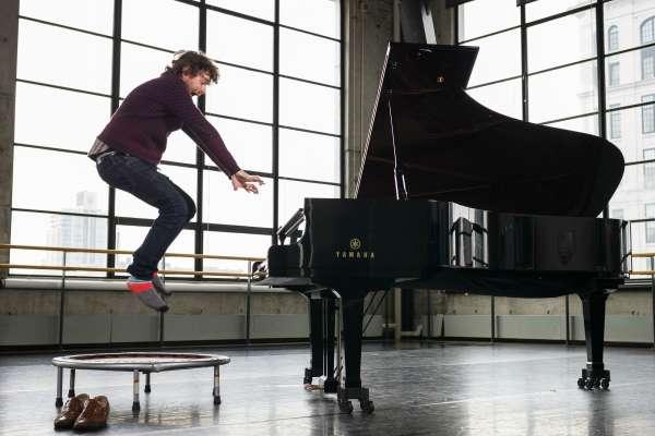 Gabriel Kahane In Concert - Craigslist, Schumann, & Other Inspirations