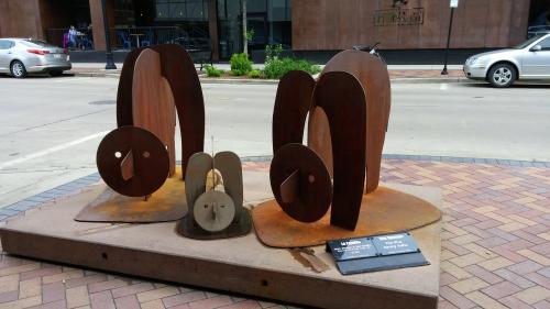 La Familia, Eau Claire Sculpture Tour