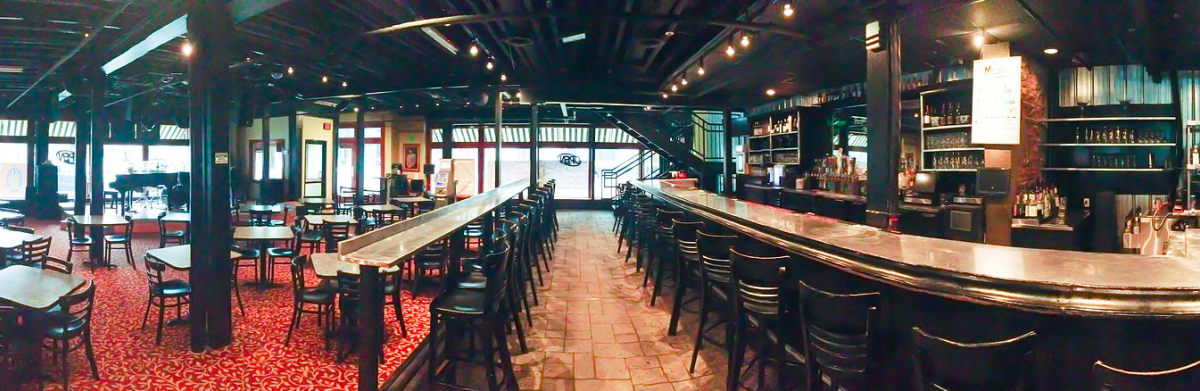 Interior of Mojo's Dueling Piano Bar & Restaurant in Grand Rapids, MI
