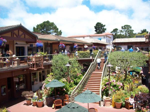 Carmel Plaza Event