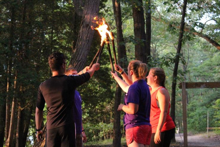 Camp Manitou-lin torch game
