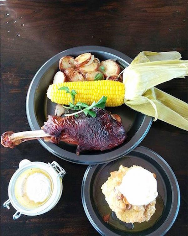 Lunch at the Three Broomsticks Photo by @anna_cho04