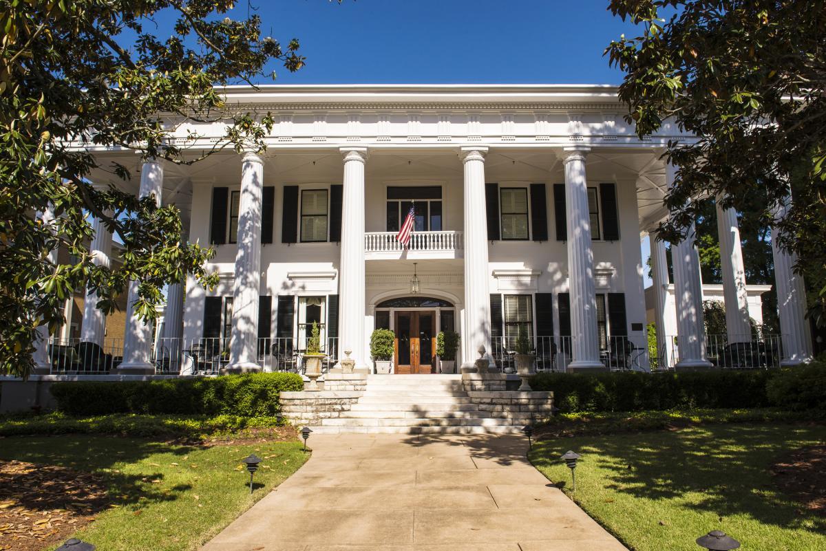 Wedding Venue 1842 Inn